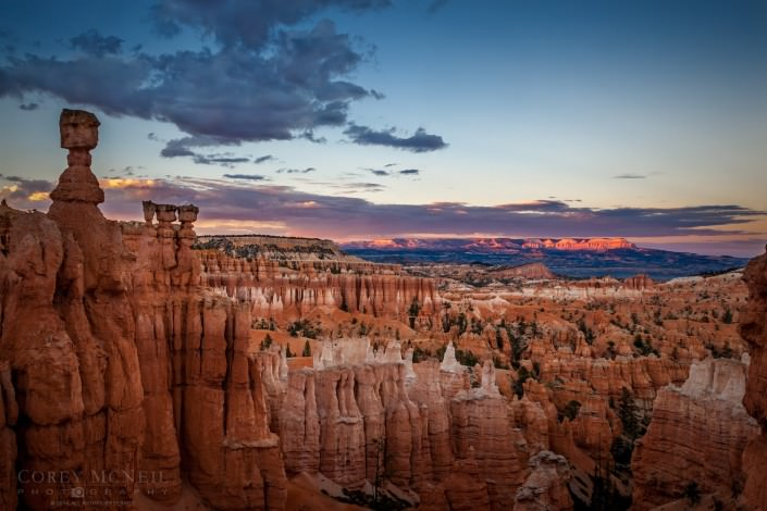 Sunset in Bryce Canyon - The Mighty 5 Tour of Utah
